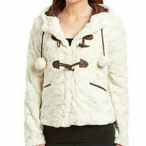 NWT Cream Faux fur fuzzy Jacket